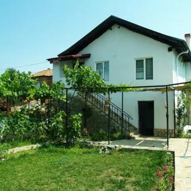 Заслужена почивка в полите на Пирин   Къща за гости Пиринлиева